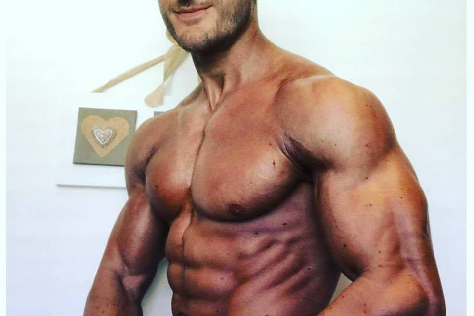 TEAM WILD Athlete Ross On Second Day of Carbs and Looking Fantastic Already!